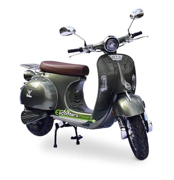 Groene Etalian elektrische scooter