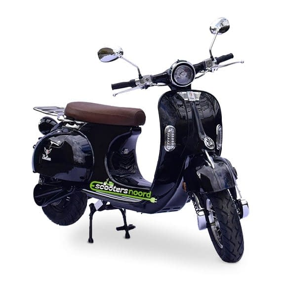 Zwarte Etalian elektrische scooter