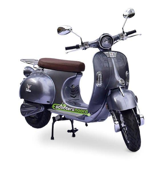 Grijze Etalian elektrische scooter