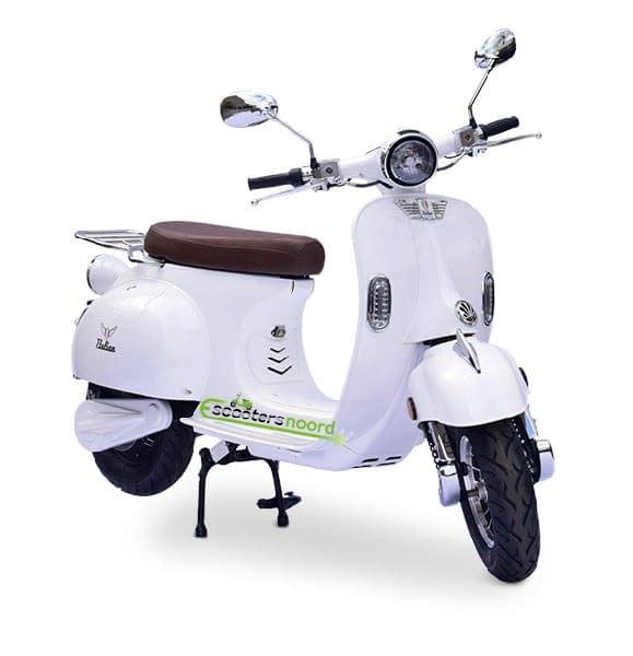 Witte Etalian elektrische scooter