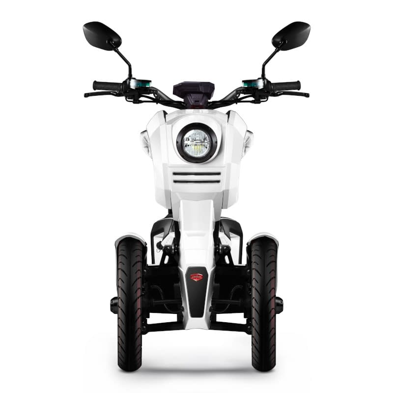 Voorkant witte iTank e-driewieler