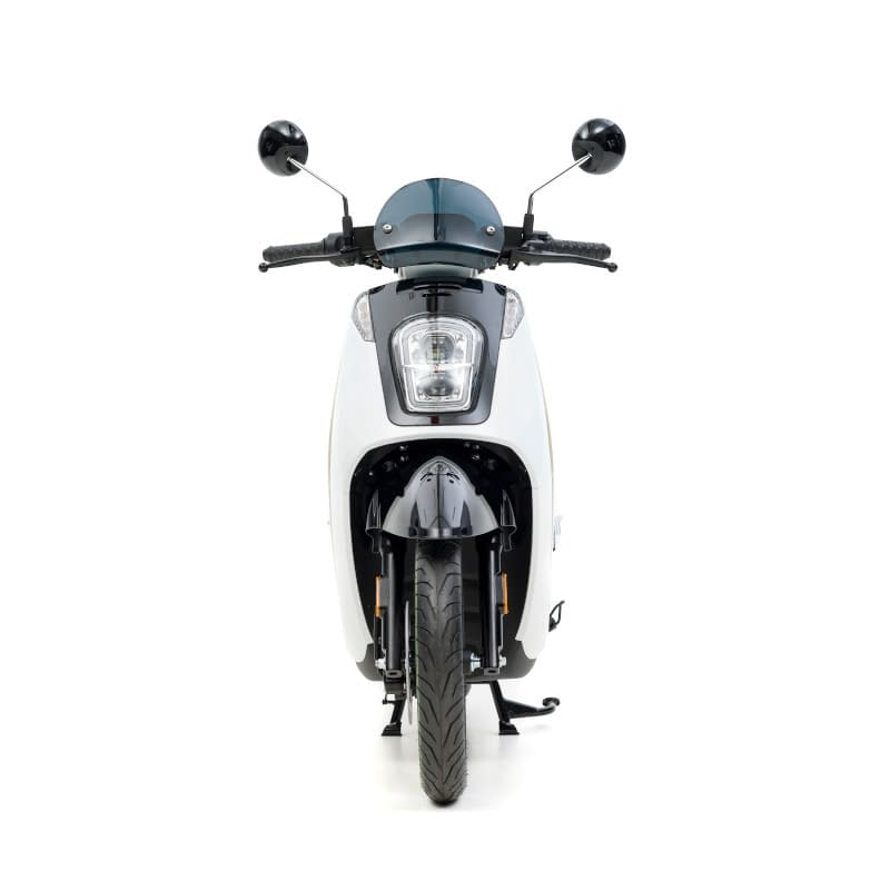 Voorkant witte E-Viball e-scooter