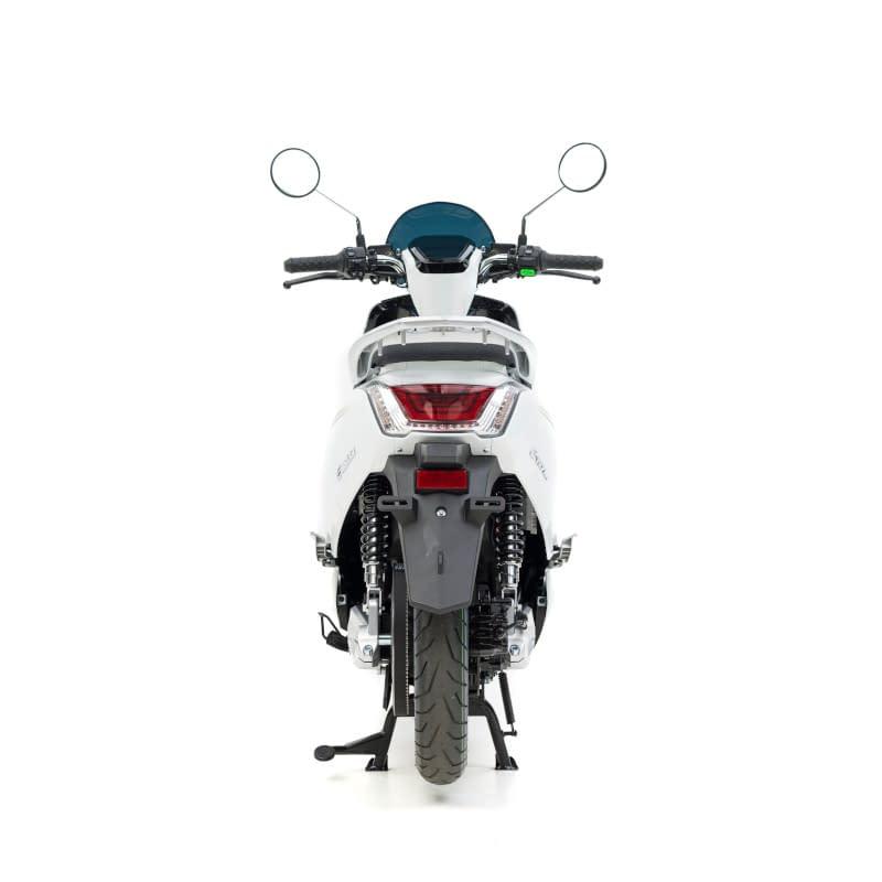 Achterkant witte E-Viball e-scooter
