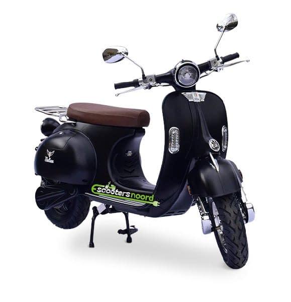 Matzwarte Etalian elektrische scooter