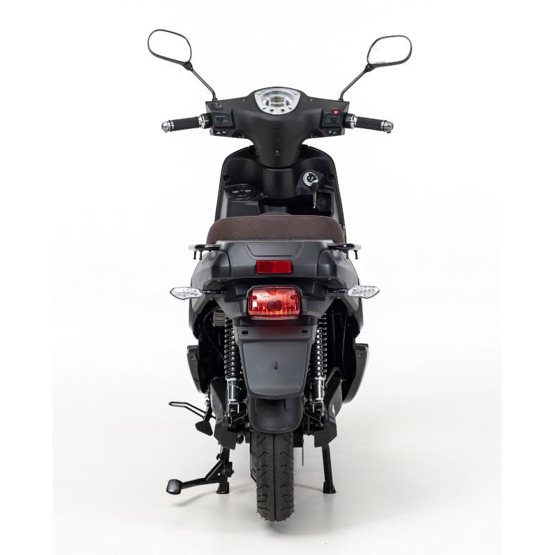Achterkant F7 scooter zwart